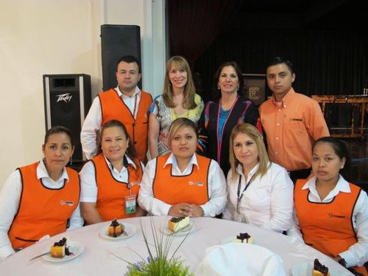 Equipo del Programa Redondeo de Soriana.